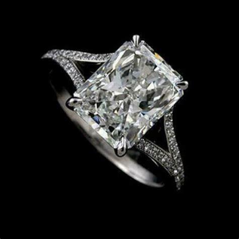 Split-Shank-RadiantCut-Engagement-Ring