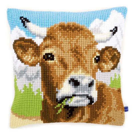 Stamped-EmbroideryPillowcase-Kits