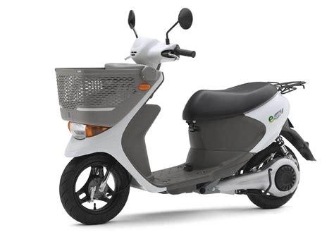SuzukiElectric-Scooters