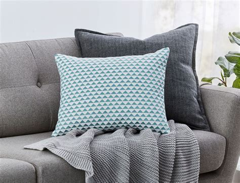 Types-ofCouch-Cushions