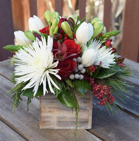 Unique-FlowerArrangements-Christmas
