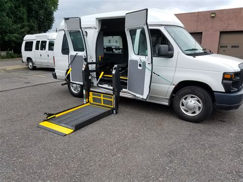 Used-WheelchairLifts-for-Vehicles