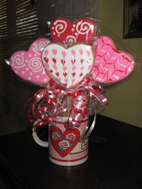 Valentine-Cookie-Bouquetsfor-Men