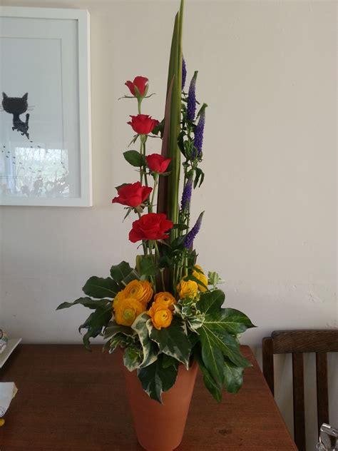 Vertical-FlowerArrangement