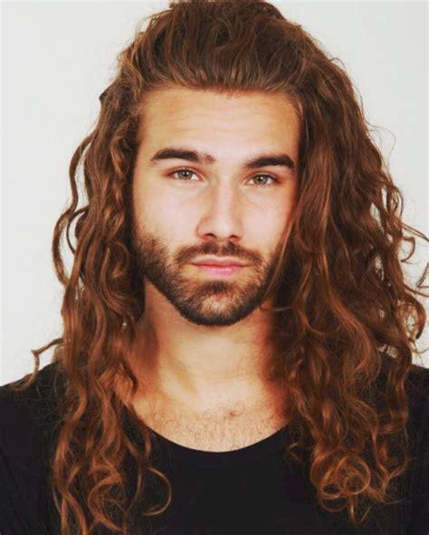 Very-Long-Hairstylesfor-Men