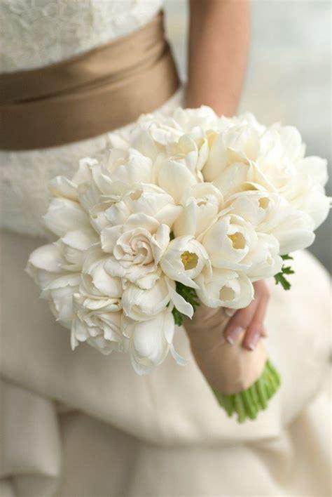 White-Bridal-BouquetWedding-Flowers