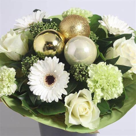 WhiteChristmas-Flowers