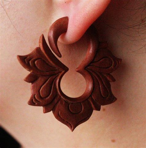 WoodCarved-Flowers
