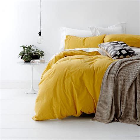 Yellow-BedSheets