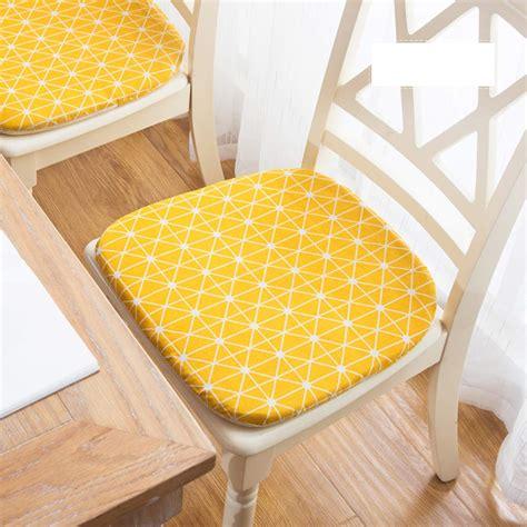 YellowChair-Cushion